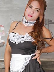 Naughty Maid Mo!