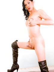 Tokyo Mistress Julia Winston