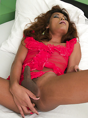 Bareback fucking and deep rimming for Pattaya Ladyboy