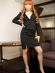 Sophisticated Japanese business t-girl who only wants to please you.