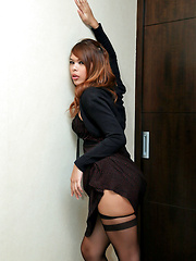 Horny ladyboy jerks off in silky stockings
