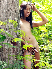 Sexy Frania removes her bikini in a forest to flash her hard cock