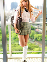 Slutty schoolgirl Saya Koda