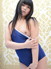 Himena: Swimsuit Shoot